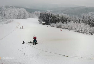 Preview webcam image Chvalčov - Ski areal Tesák