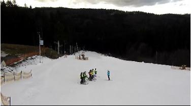 Preview webcam image Rajnochovice - Ski  Troják