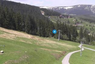 Preview webcam image Pec pod Sněžkou - skiresort