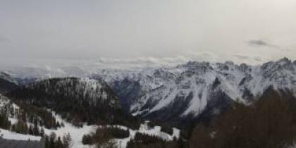 Preview webcam image Forni di Sopra - Malga Varmost 1758m