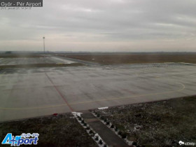 Preview webcam image Gyor - Pér airport