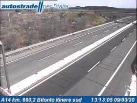 Preview webcam image Bitonto - A14 - KM 660,2
