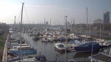 Preview webcam image Amsterdam - harbor