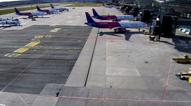 Preview webcam image Gdansk - Lech Wałęsa airport