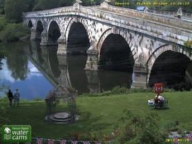 Preview webcam image Atcham - River Severn
