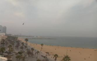 Preview webcam image Barcelona - Sant Sebastià Beach