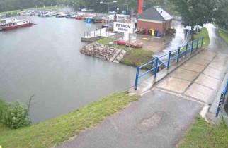 Preview webcam image Baťa's canal - Petrov harbor