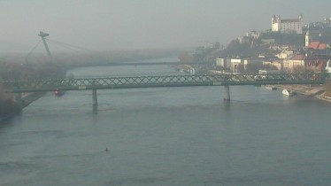 Preview webcam image Bratislava - bridge Apollo