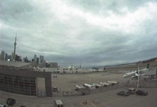 Preview webcam image Airport Toronto