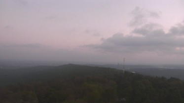 Preview webcam image Fayetteville - Kessler Mountain