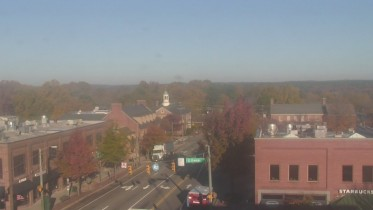 Preview webcam image Chapel Hill - Top of the Hill Restaurant