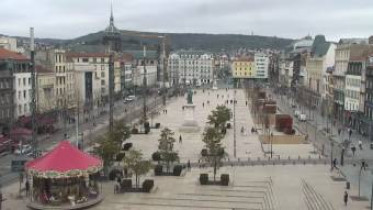 Preview webcam image Clermont-Ferrand - Place Jaude