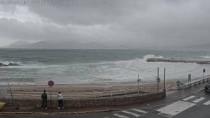 Preview webcam image Cannes - harbour