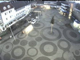 Preview webcam image Achern - square with a townhall